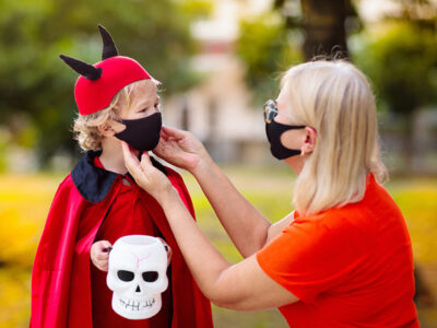 How to trick-or-treat safely during the pandemic