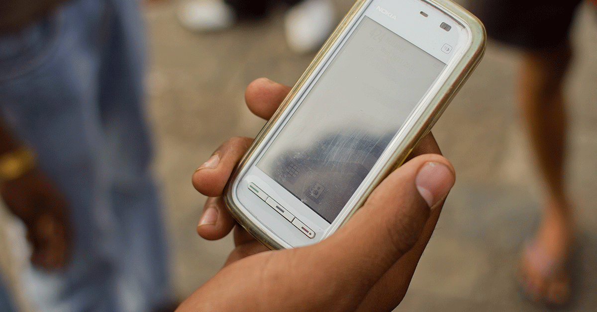 Text messages can boost knowledge and help reduce adolescent pregnancy risk in LMICs