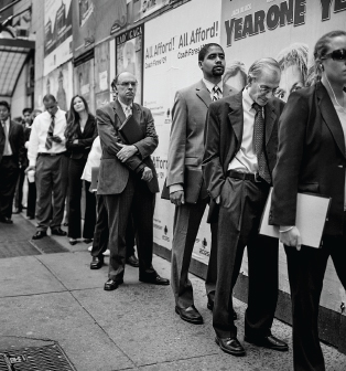 Manhattan-job-fair-line