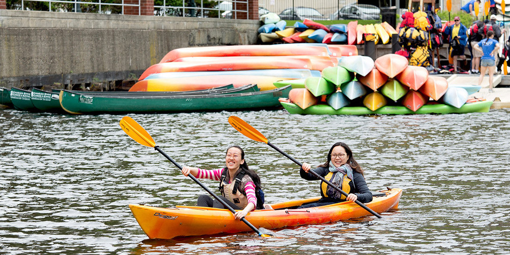 Harvard Chan students kayaking