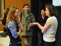 Michelle Mello speaks with students in her Public Health Law class.