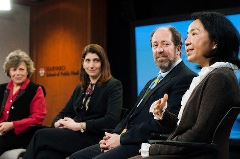 From left: Ellen Langer, Laura Kubzansky, David Eisenberg, and Lilian Cheung at Forum discussion on stress and health
