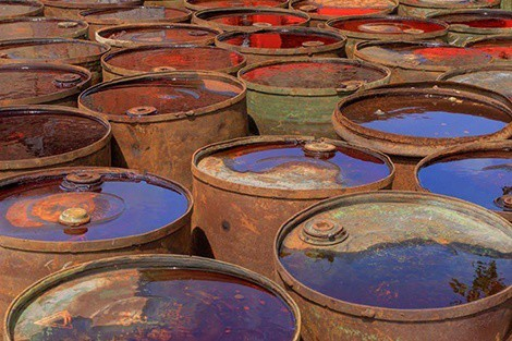 deadly environments oil barrels