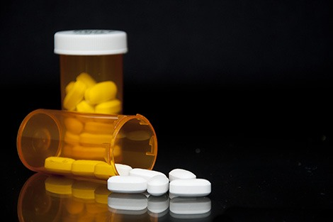 Physicians' Opioid Prescribing Patterns Linked to Patients' Risk for Long-Term Drug Use