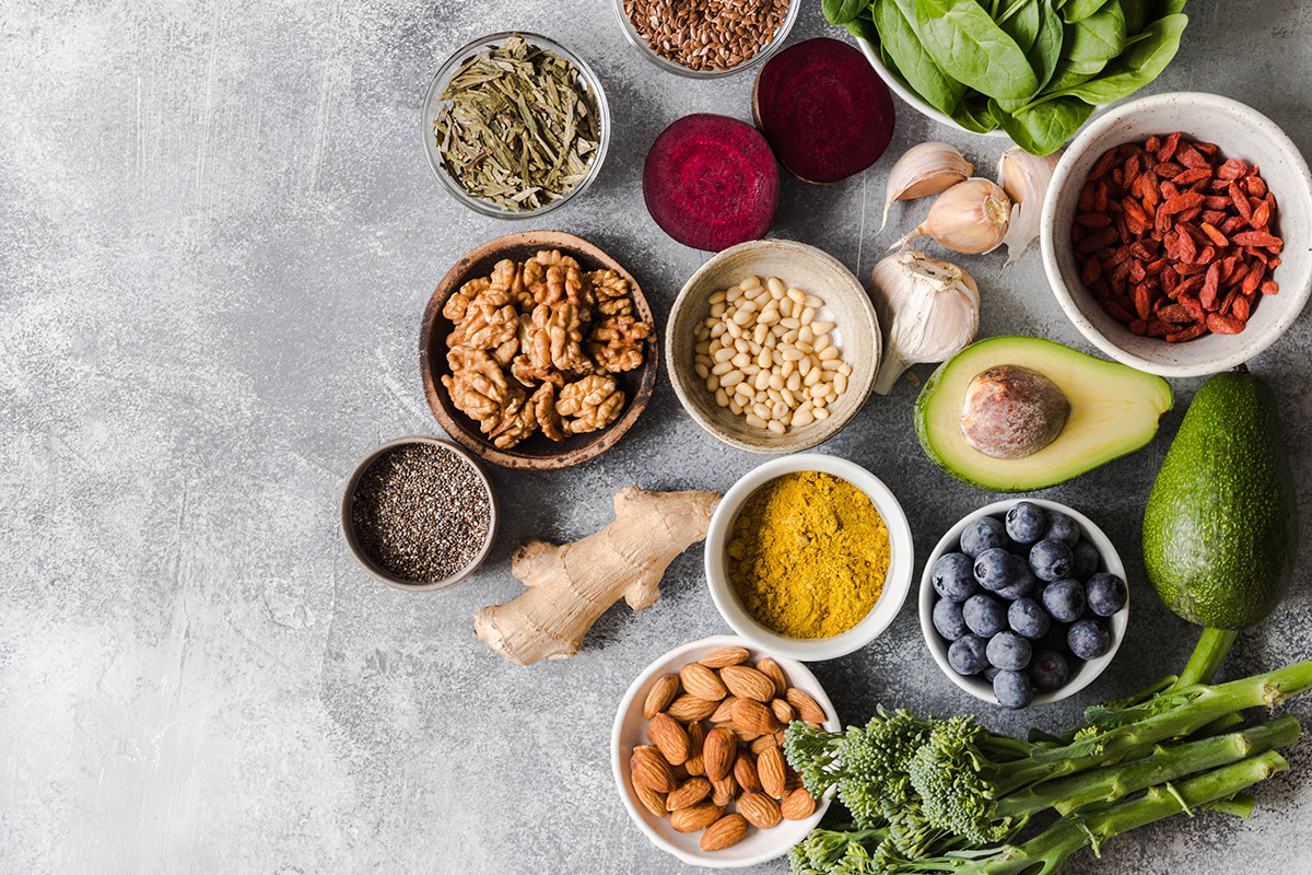 Healthy low-carbohydrate and low-fat diets may reduce risk of premature death