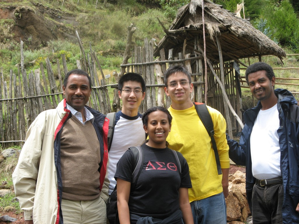 Professor Yemane Berhane (left) with MIRT 2007 fellows and Addis Continental institute of Public Health staff, Mr. Melkie (right).
