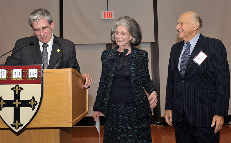 Dean Julio Frenk presents HAI Co-Chairs Deeda Blair and Maurice Tempelsman with the School's Volunteer Leadership Award in 2011.