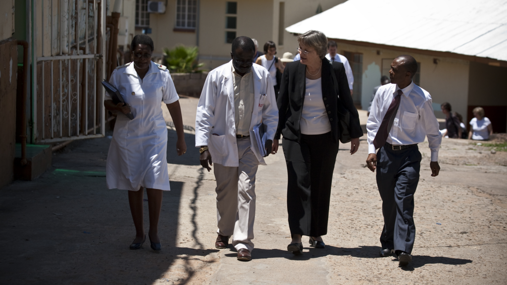 President Faust walks the grounds of the Mochudi Hospital. Photo by Justin Ide