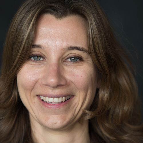 headshot of Djøra Soeteman