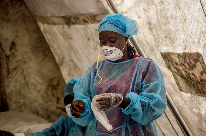 Health worker in an Ebola screening unit in Kenema government hospital