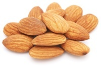 almonds (a_pile_of_almonds.jpg)