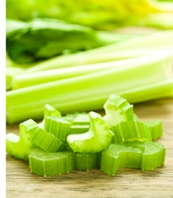 Celery (celery-on-cutting-board.jpg)