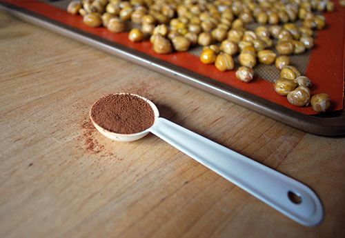 Chickpeas with a spoonful of cinnamon