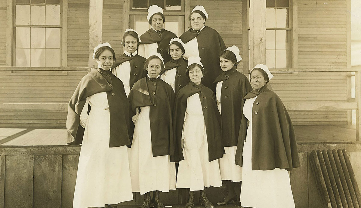 African American nurses assigned to Camp Sherman Base Hospital pose for a photo in 1918