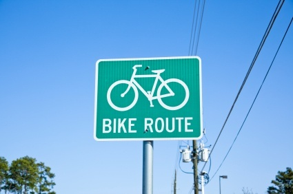 bike route sign (bike_route_sign.jpg)