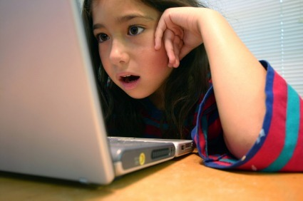 girl laptop (girl_staring_at_laptop.jpg)
